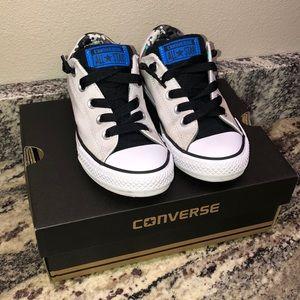 Converse street slip on shoes boys size 1